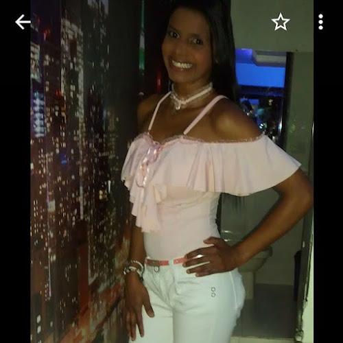 70098d6988c33 Guayu chevron right Buscar pareja gratis chevron right Medellín. Foto de  perfil de lucia123